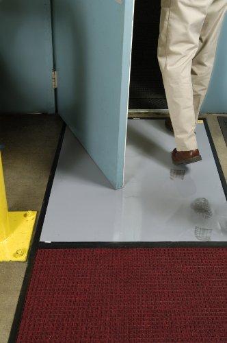 Clean Stride Floor Mat Carpet/Rubber Frame With Insert 26.5 X 63.5 Medium Brown front-540414