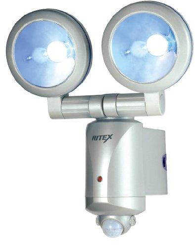 ムサシ RITEX 3W×2 LEDセンサーライト 「乾電池式」 防雨タイプ LED-260