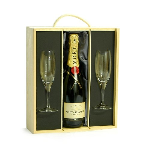 Moet & Chandon Champagne & Flutes Luxury Gift Box