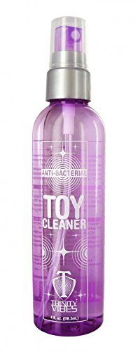 anti-bacterial-toy-cleaner-4-ounce-bottle