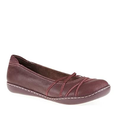 Easy Spirit Women's Liven Slip-On Mary Jane Shoes, Wine, 6.5 M/B