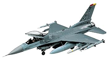 Tamiya - 61098 - Maquette - F-16CJ Fighting Falcon - Echelle 1:48
