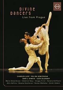 Divine Dancers (Sous-titres français) [Import]