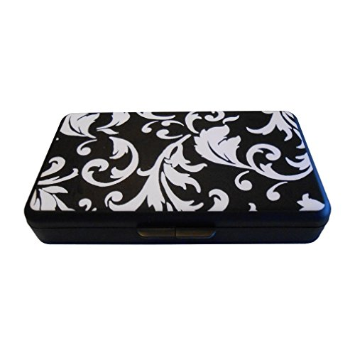 K. Quinn Designs Wipe Case, Black and White damask