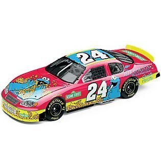 jeff-gordon-24-2003-cookie-monster-sesame-street-foundation-24-1-24th-scale-action-racing-collectabl