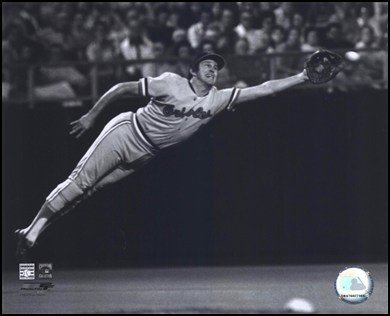 Brooks Robinson - 1973 Diving Catch, B&W Art Poster PRINT Unknown 10x8 at Amazon.com