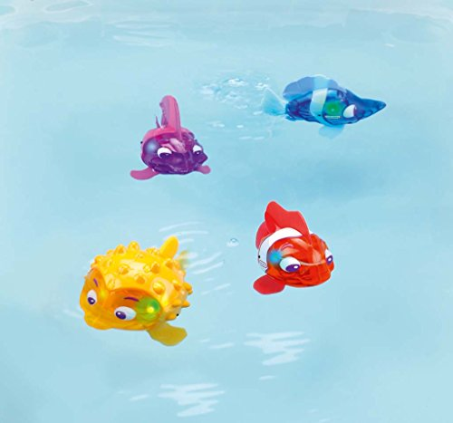 Little tikes sparkle bay flicker fish water toy puffer for Little fish toys