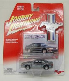 Johnny Lightning 1987 Ford Mustang GT