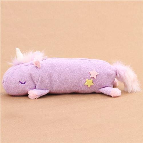 Trousse--crayons-duveuteuse-en-fourrure-violet-clair-en-forme-de-licorne