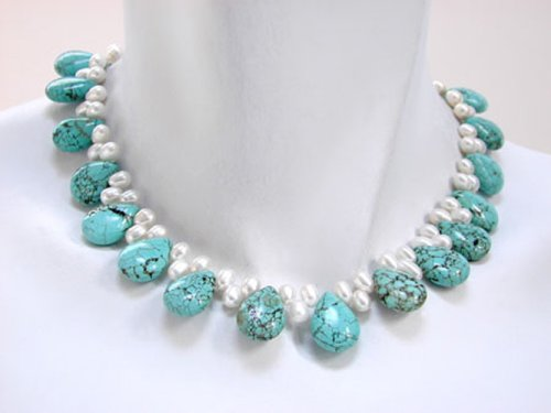 Single Strand Necklace with White Pearls and Turquoise