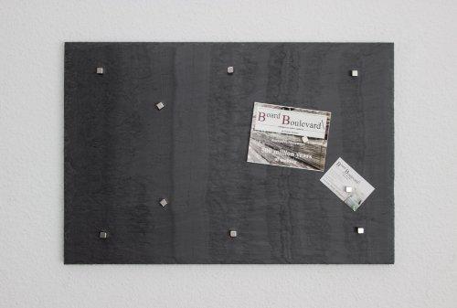 magnetwand-magnettafel-echter-stein-pinnwand-aus-schiefer-in-60-cm-x-40-cm