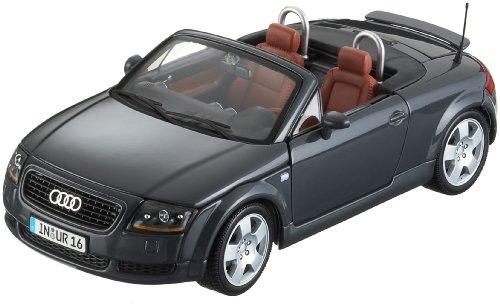 Maisto-31878-Audi-TT-Roadster-99-118-farblich-sortiert