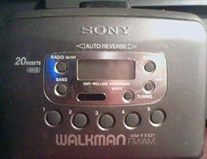 Sony Walkman FM/AM Cassette Player Radio WM-FX421