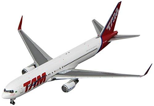 gemini-jets-1400-gjtam1480-tam-brazilian-airlines-boeing-767-300-reg-pt-msy