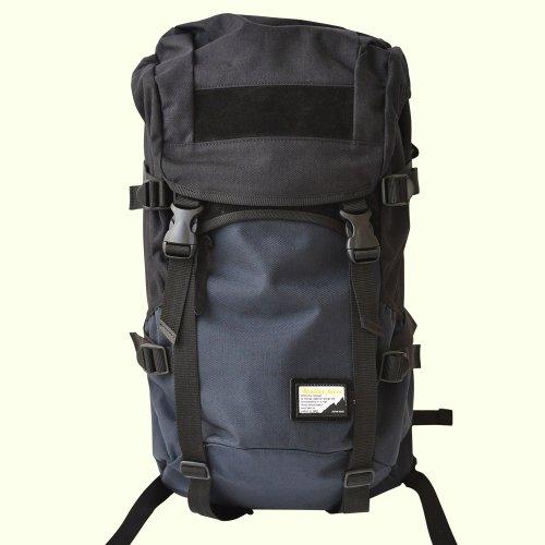 P01 x master-piece ( プレイ x マスターピース ) - FADE PLAY (フェイド プレイ) COLLABORATION SERIES 222131-P01 (MSPC x P01) 抜群なファッション性と機能性でタウンユースにもアウトドアにも 日本製 リュック バックパック リュックサック バッグ 鞄 (ネイビー)