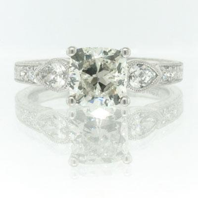 2.20ct Cushion Cut Diamond Engagement Anniversary