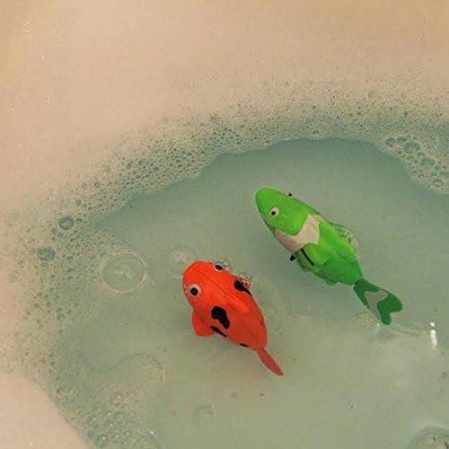 Dazzling toys wind up swimming fish pack of 2 baby for Fake fish that swim