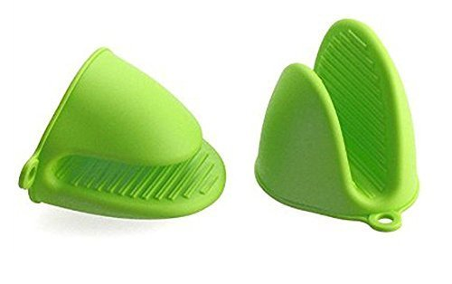 4 PCS Bestga Silicone Pot Holder Mini Oven Mitt Cooking Pinch Grips Kitchen Heat Resistant Solution Cooking Baking Potholders,Green (Small Oven Mits compare prices)