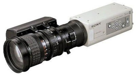 Sony Dxc-390 1/3-Inch 3-Ccd Color Video Camera With 800 Lines, For Industrial And Microscopy Applications