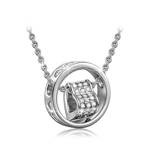 Qianse Made with SWAROVSKI Crystals Heart Pendant Necklace for Women 18K White Gold Filled Plated