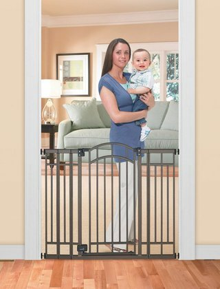 Munchkin Wood And Steel Designer Gate Dark Wood Silver Questions Answers Best Baby Safety Gates