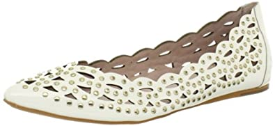 Amazon.com: Vince Camuto Women's Tamma Flat: Shoes