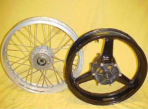 2003 Suzuki VL 800 Intruder Volusia C50 Front Wheel
