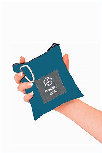mini-monkey-mat-portable-indoor-outdoor-3x5-water-sand-repellent-blanket-with-corner-weights-loops-i