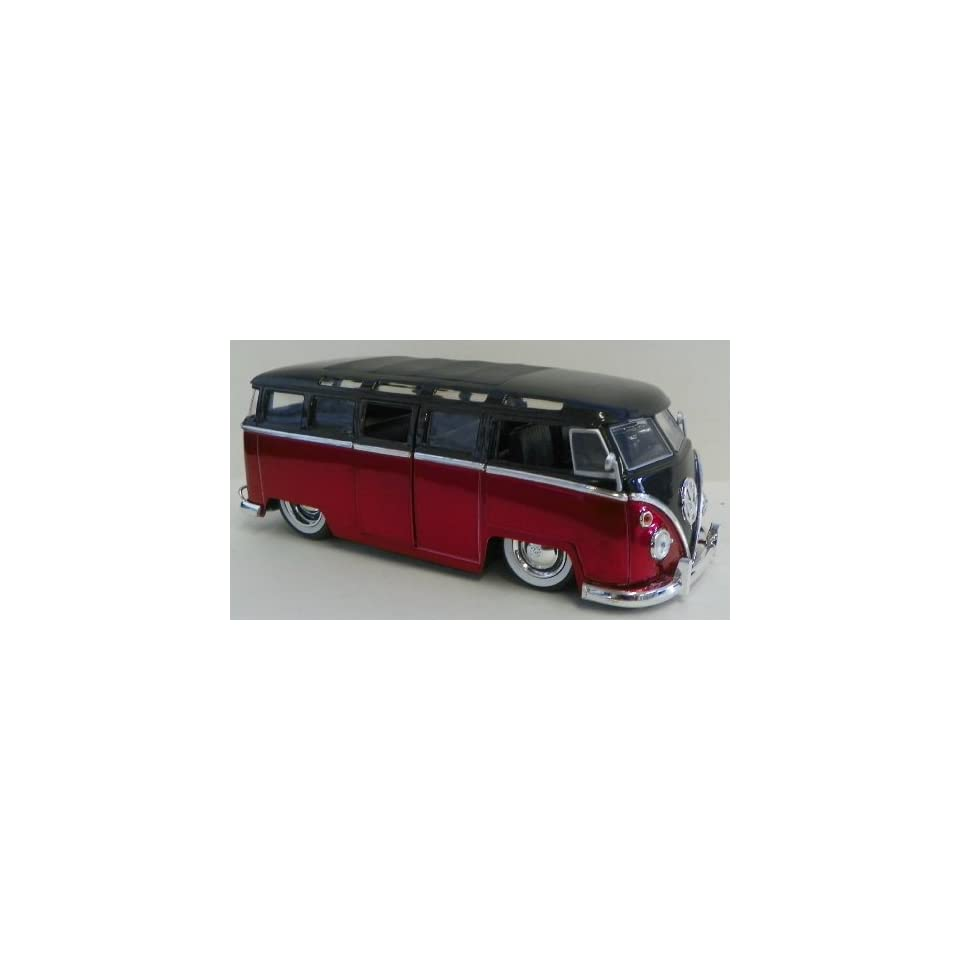 Jada Toys 1/24 Scale Diecast Big Time Kustoms 1962 Volkswagen Bus in Color Black/red with White Walls Tires
