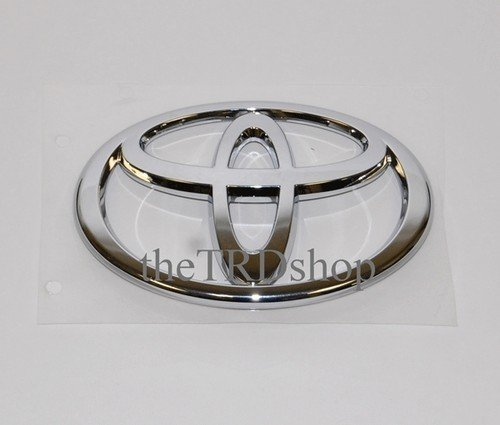 front grille emblem camry 2002 2003 2004 toyota oem new exterior accessories hood scoops. Black Bedroom Furniture Sets. Home Design Ideas