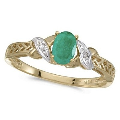 Emerald and Diamond Antique Style Ring in 14K Yellow Gold (0.45ct)
