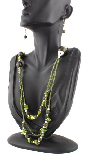 Ladies Green 24 Inch Adjustable Necklace with Beads and Pebbles and Matching Dangle Earrings Jewelry Set