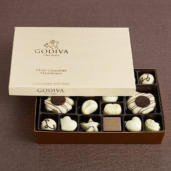GODIVA Chocolatier 24 pc. White Chocolate Gift Box by GODIVA Chocolatier