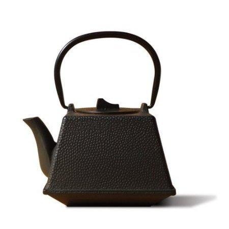 Old Dutch Cast Iron Kobe Teapot, 29-Ounce, Black front-246863