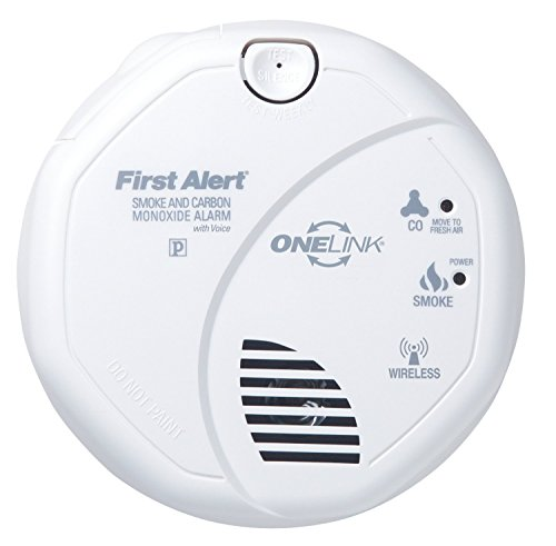 first alert sco500b olcombov wireless interconnect smoke and carbon monoxide combo alarm with. Black Bedroom Furniture Sets. Home Design Ideas