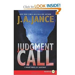 Downloads Judgment Call Large Print : A Brady Novel of Suspense (Joanna Brady) e-book