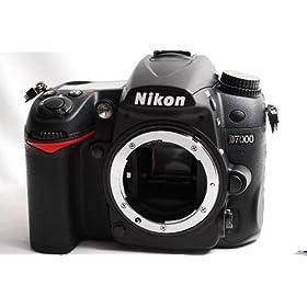 Nikon �f�W�^�����t�J���� D7000