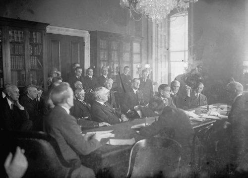 1926 photo Asst. Atty. Gen. Wm. Donovan at aluminum hearing, at Capitol, Washington, D.C., 1/9/26