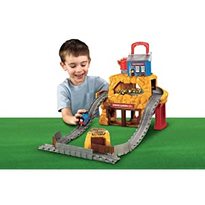 Thomas the Train: Take-n-Play Rumbling Gold Mine Run