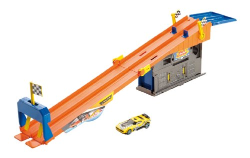Hot Wheels Team Hot Wheels Rooftop Race Garage Playset (Hot Wheels Garage Cars compare prices)