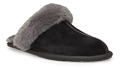 UGG Australia Women's Scuffette II Slipper in Black/Grey 5 W US