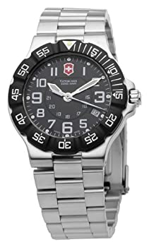 Victorinox Swiss Army Men's 241344 Summit XLT Watch by Victorinox Swiss Army