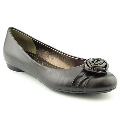 Tahari Reese Bronze Flats Ballet Shoes Womens SZ 7