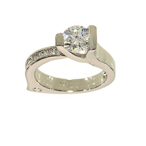 Ultra Contemporary Solitaire and Channel Set Engagement Style Fashion Ring Size 5