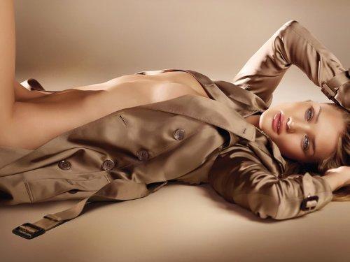 ロージー・ハンティントン=ホワイトリー ポスター Hot Nude Model