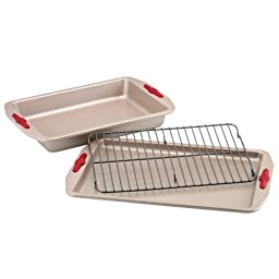 Paula Deen Signature Nonstick Bakeware with Red Silicone Grips 3-Piece Bakeware Set