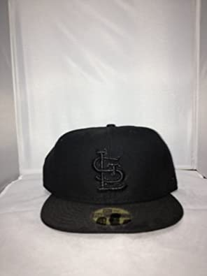 San Diego Padres New Era Fitted Hat Style: HAT-249-BLACK Size: 7.625 by New Era