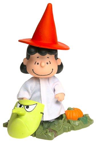 The great pumpkin charlie brown lucy van pelt with halloween costume