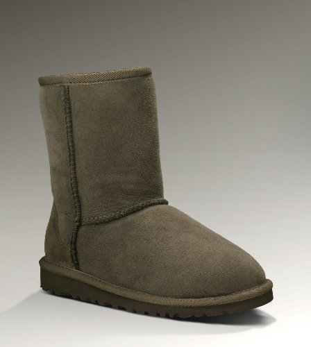 UGG Ugg Kid's Classic Boot (11, Chocolate)