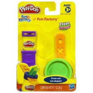 Play Doh L'il Fun Factory Mini Playset Treats Includes 1 Oz Play Doh & Presser 3Y+ - 1